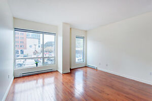 2 Bedroom Townhouse- Live & Work in 1000 Sq. Feet