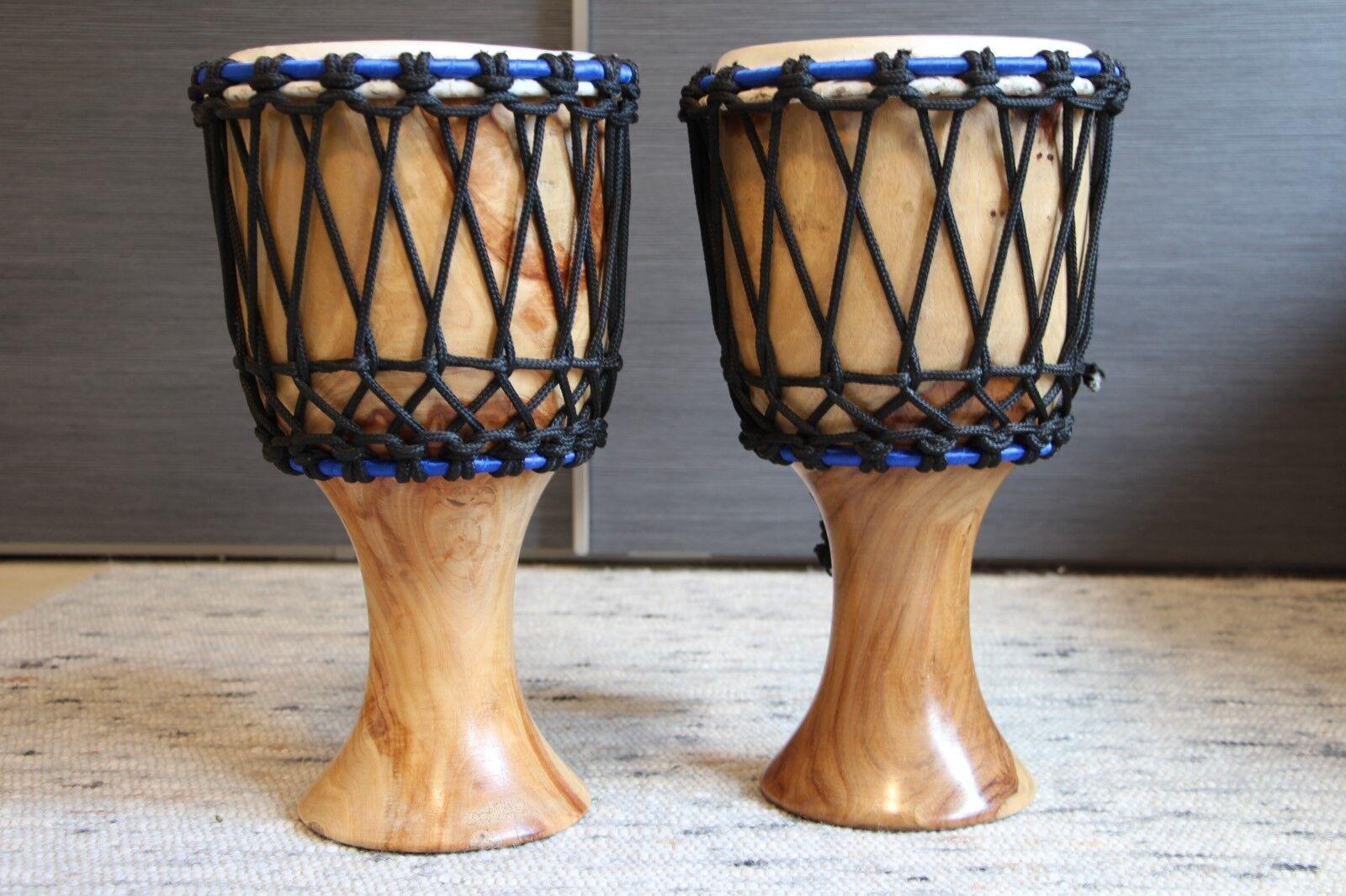 2 Afrikanische Djemben mit Schnurspannung, 41 cm hoch, Durchmesser 23 cm,