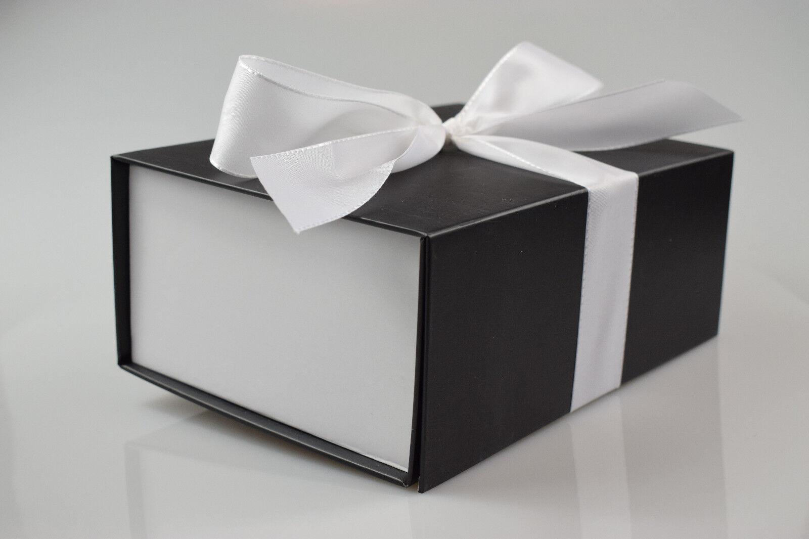 Geschenkkarton / Geschenkbox Bi-Colour / SCHWARZ - Weiß in 3 Größen
