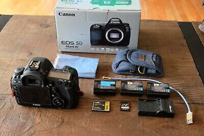 Canon EOS 5D Mark IV Digital SLR Camera with 3 batteries, Lexar UDMA 7 CF Card