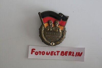 Frühes DDR Sport Abzeichen Stufe  1 Nummeriert 00779  Gr 5,0 cm selten