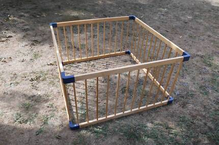 Wooden play pen - child, pet etc - Knoxfield