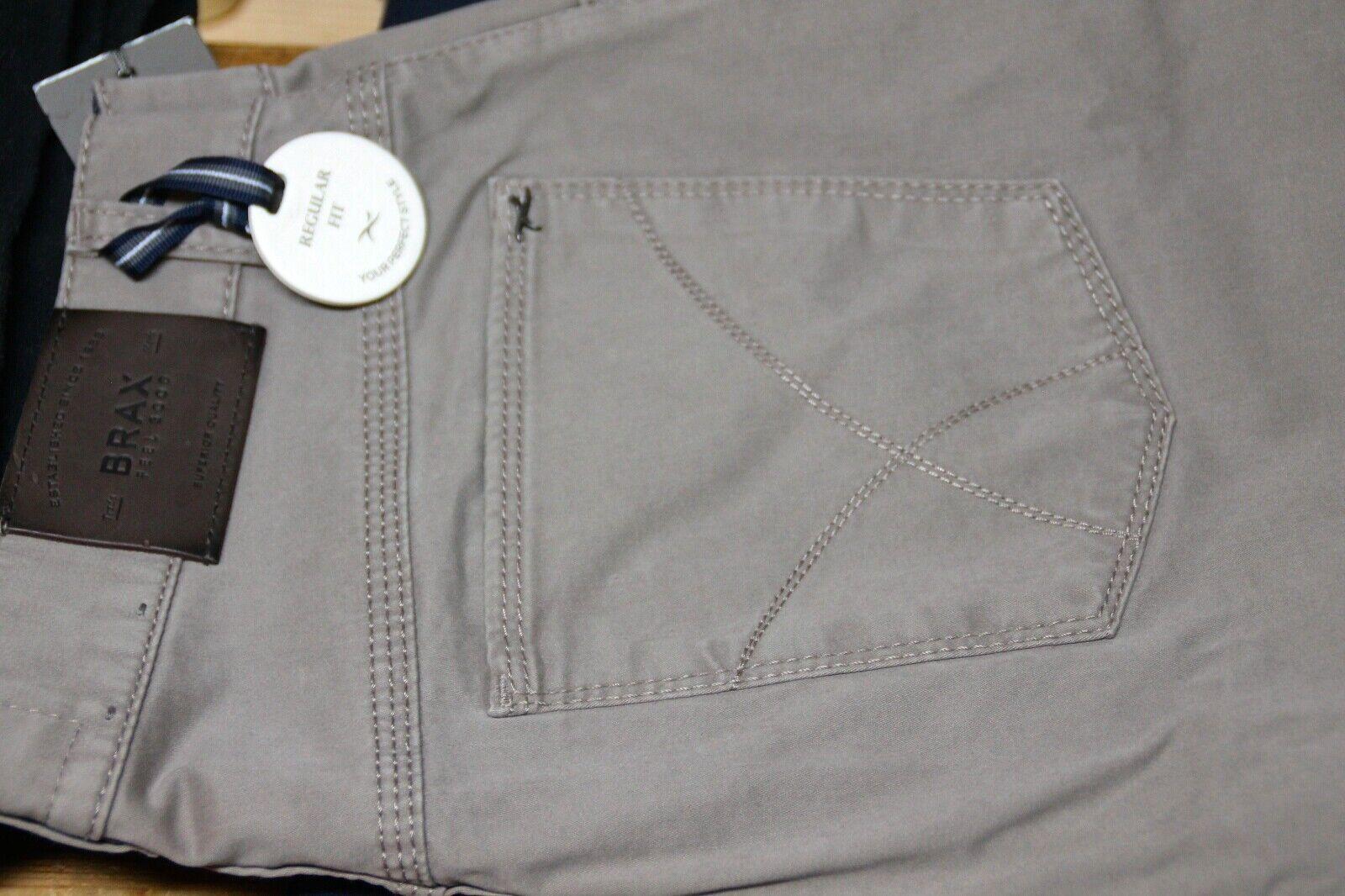 Herren Jeans Hose Brax Beige Grau Model Cooper Fancy Größe 48  Neu mit Etikett