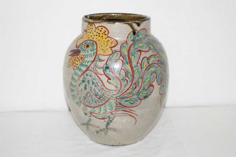ANTIQUE HAND PAINTED CHINESE/JAPANESE POTTERY VASE-ROOSTERS-SIGNED