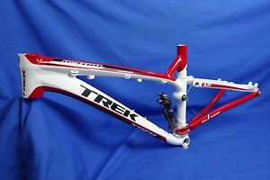 New 2010 Trek Top Fuel 8 Full Suspension 26er Mtn Bike Frame 15.5