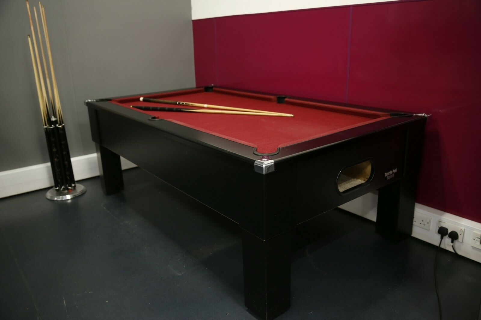 Full size pool table (Red Felt, 7ft x 4ft, Used)