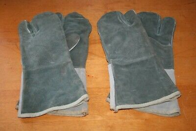Two Pairs Old Style Vintage Welder Gloves Gauntlet Cow Leather  Welding