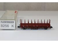 E3045 Fleischmann 4x Rungen für 2achs Rungenwagen DB schwarz 823606 etc.