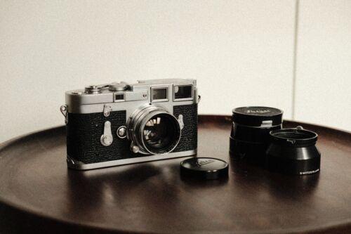 Leica M3 35mm Rangefinder Film Camera with Leitz Summitar 50mm f2
