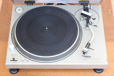 Technics SL-1200 Turntable SL1200