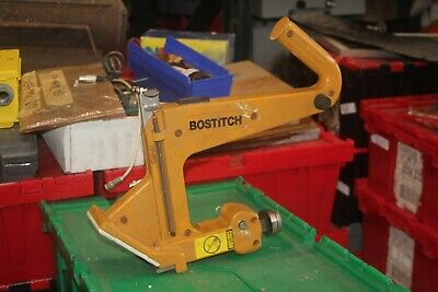 Bostitch Manual Floor Cleat Nailer Mfn20d
