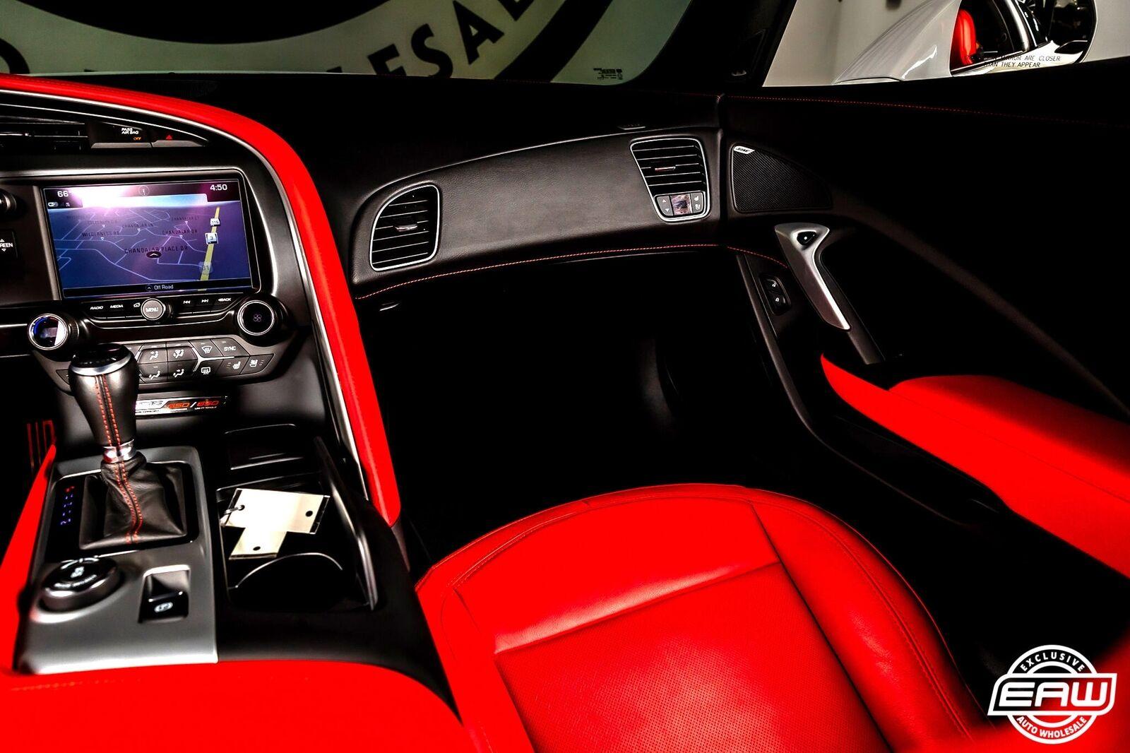2019 White Chevrolet Corvette Z06 2LZ | C7 Corvette Photo 8