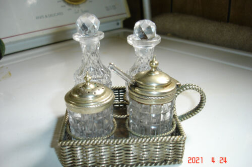 Small Vintage Crystal & Silver Hallmarked Makers Mark Cruet Set