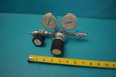 Used Praxair Compressed Gas Regulator 30-200 0-4000