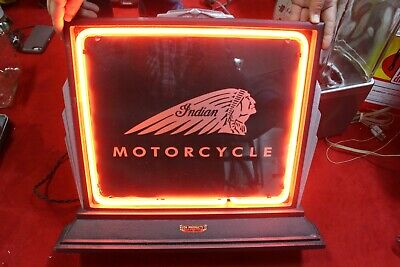 """Rare Vintage c.1940 Indian Motorcycle 21"""" Neon Lighted Metal Gas Oil Sign WORKS"""
