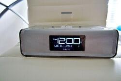 iHOME IDL43 SILVER DUAL CHARGING STEREO ALARM CLOCK RADIO w LIGHTNING DOCK & USB