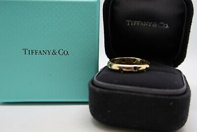 Tiffany & Co. 18k Yellow Gold and Blue Sapphire 4mm Etoile Ring size 9.5