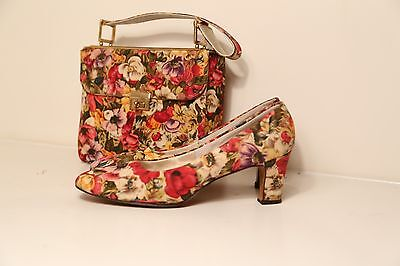 Fabulous Vintage 1960's floral matching purse and heels set