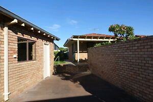 1-bedroom Granny for rent with own entrance & garage for rent