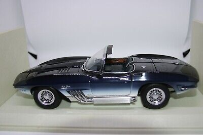 1:18 Chevrolet Corvette Mako Shark 1963 UT