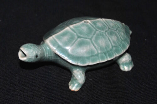 Antique  Korean Porcelain Turtle Water Dripper Celadon Colored Glaze Signed