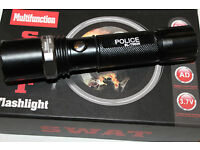 Taschenlampe Lampe Bailong BL-1899 CREE T6 1000M 5000W NEU