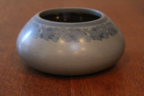 Decorated Marblehead bowl