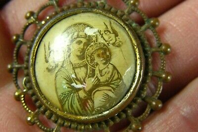 Vintage Hand Crafted Christmas Angel Metal Gold Red White C Clasp Brooch Pin Never Worn