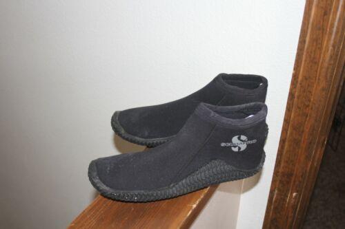 SCUBA PRO Dive Boots Booties Water Sport Size M/L  SZ 9 Fishing SNORKELING