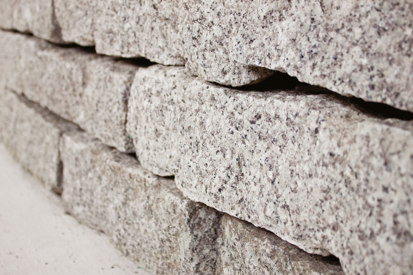 Granit Mauersteine 10-20-40 cm - Gartenmauer - Trockenmauer - Natursteine