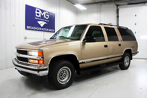 9-Passenger-OLT-2500-ONLY-20K-ACTUAL-MILES-No-Rust-454-Big-Block-Leather-LT