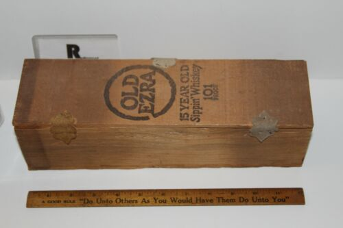 OLD EZRA 15N YEAR OLD SIPPIN WHISKEY WOODEN BOX