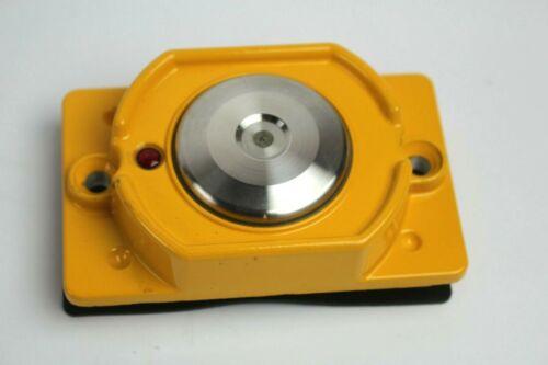 Polara Enterprises BDSP-014 Bulldog Push Button With Momentary LED