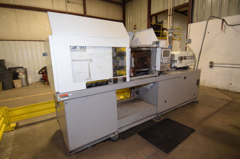(2) 1998, 2000 TOSHIBA 90 Ton  Injection Molding Machines, Model ISG90V10-2B