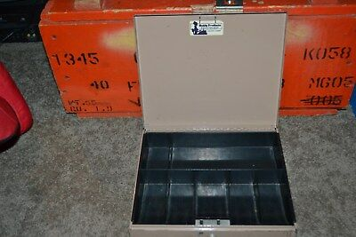 Vintage Buddy Products 10 X 812 X 2 Metal Cash Box W Plastic Till No Key