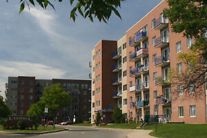 Great Large 2 bedroom apartment for rent in Pointe-Claire!