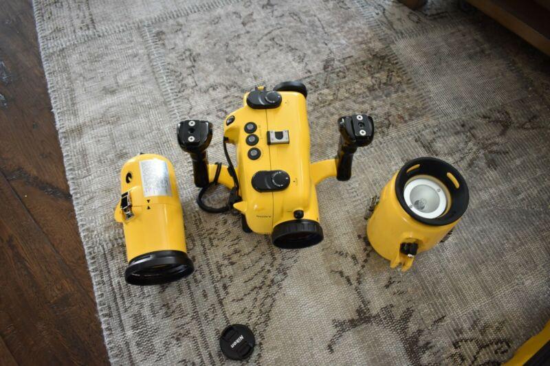 Complete Sony Hi-8 Underwater Video Kit