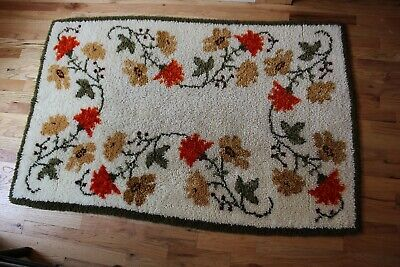 Rug Hand Made Hooked Floral Flowers vines rectangle 36