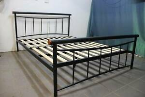 Queen Size Metal Bed, very good condition