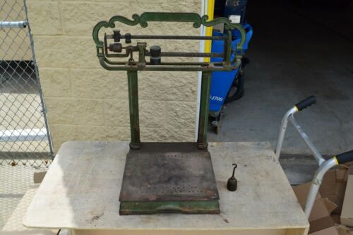 Antique Howe Scale Co Cast Iron Tabletop Scale  - Very Cool!