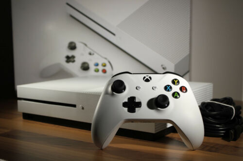 EJS-ONLINESHOP Microsoft Xbox One S 500GB
