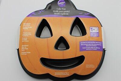 PUMPKIN JACK-0-LANTERN WILTON NON-STICK CAKE PAN HALLOWEEN,THANKSGIVING PARTY  ](Halloween Cake Tins)