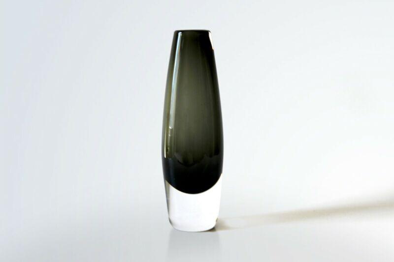 Original Mid-century Vintage Glass Vase by Sven Palmqvist for Orrefors