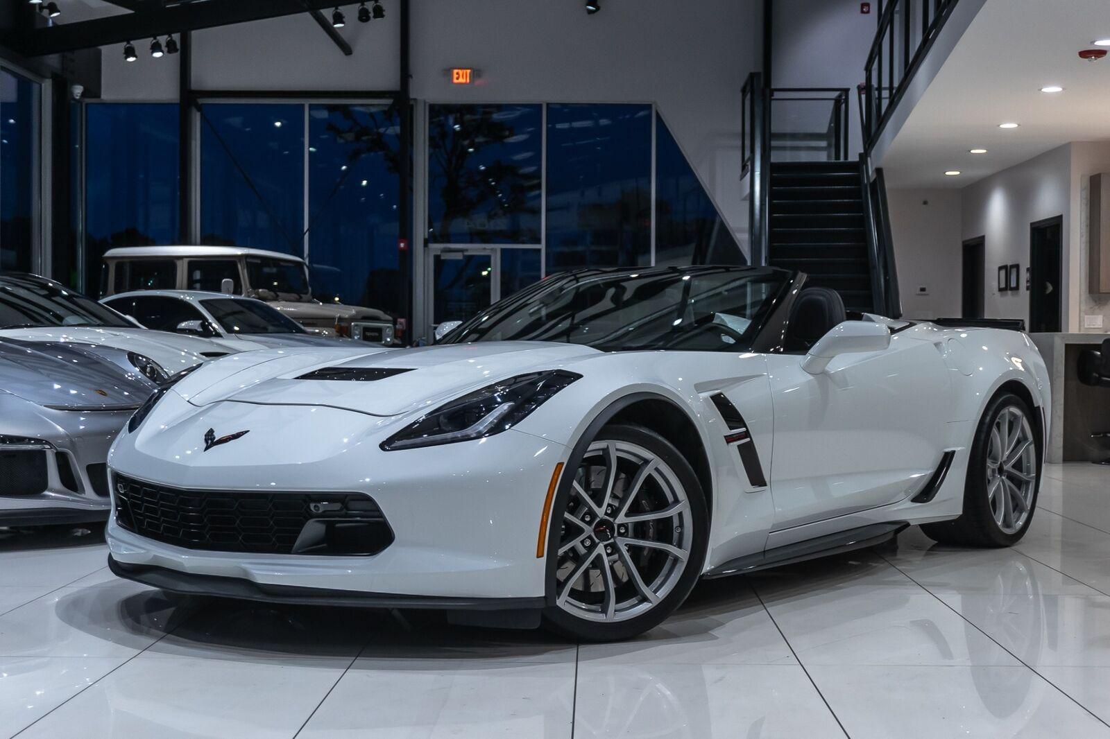 2019 White Chevrolet Corvette Convertible 2LT | C7 Corvette Photo 2