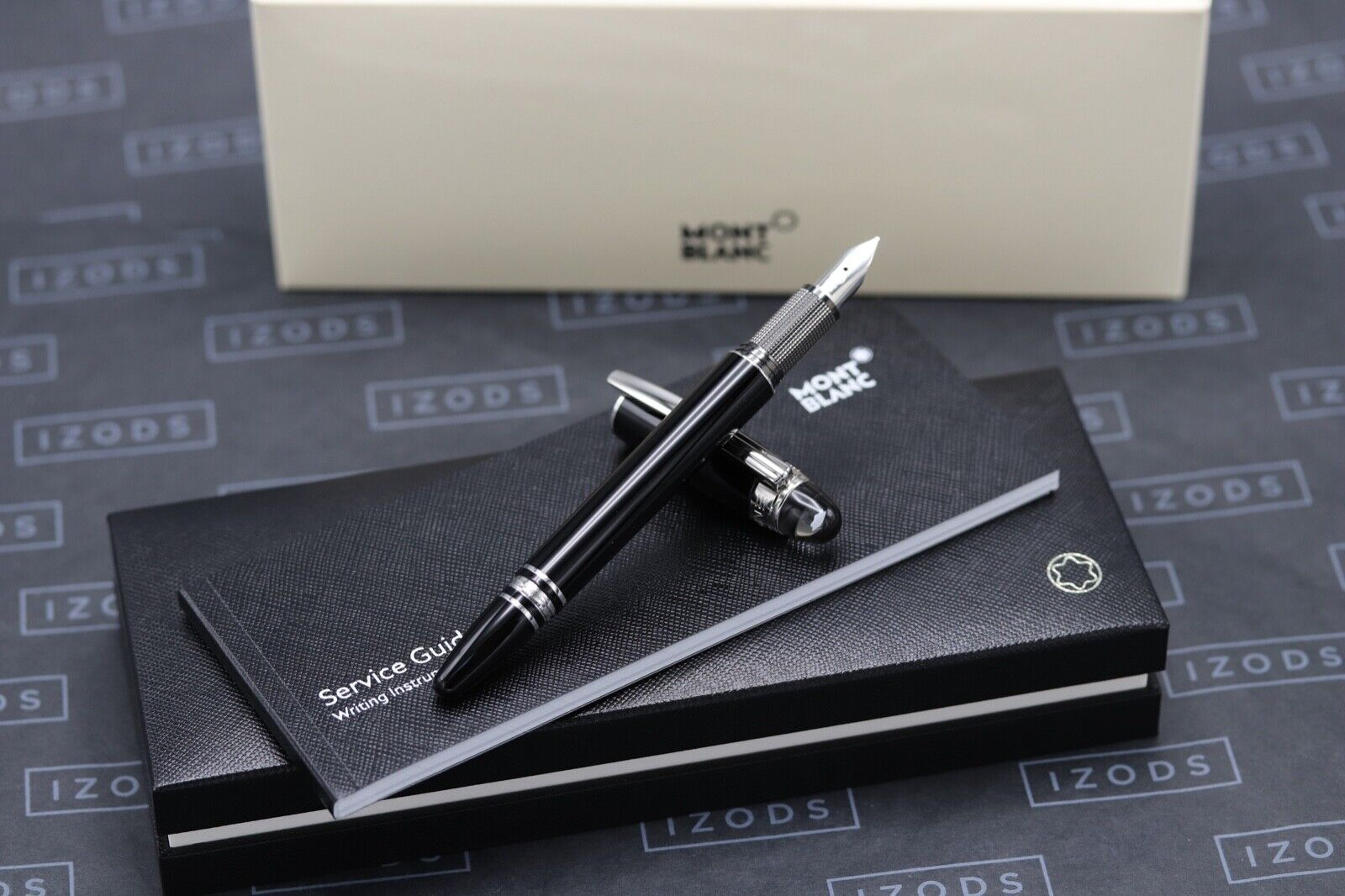 Montblanc Starwalker Platinum Resin Fountain Pen - NEW March 2021