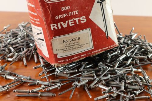 "400 All Steel Pop Rivets 3/16"" x 3/8"" Buttonhead With 3/8"" to 5/8"" Grip Range"
