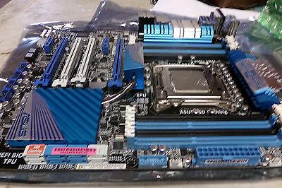 ASUS P9X79 Deluxe Full retail Pkg i7 Hex Core 16GB Corsair Veangence 1600 COMBO