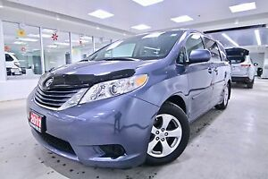 2017 Toyota Sienna TOYOTA CANADA EXECUTIVE DRIVEN,ONE OWNER,CLEA