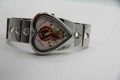 Womens Ed Hardy cr-ga-0410 Heart Shape Case Hearts on Bracelet Watch New Bat Case Shape Womens Watch