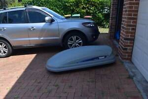 Thule pacific 200 roof box